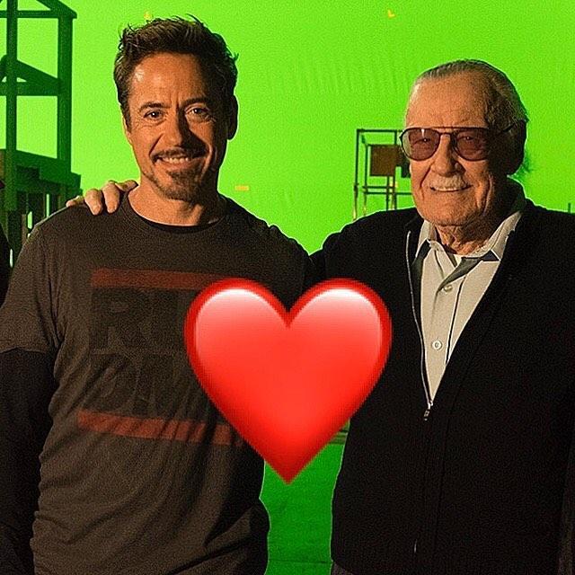 """画像1: Robert Downey Jr. on Instagram: """"I owe it all to you,,, Rest In Peace Stan... #MCU #Excelsior #legend #rip #stanlee #TeamStark"""" www.instagram.com"""