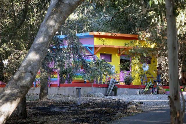 画像: 火事でなくなる前に撮影されたマイリーとリアムの自宅。