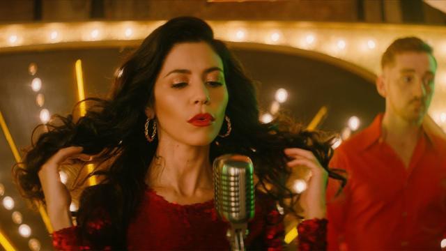 画像: Clean Bandit - Baby feat. Marina & Luis Fonsi [Official Video] www.youtube.com