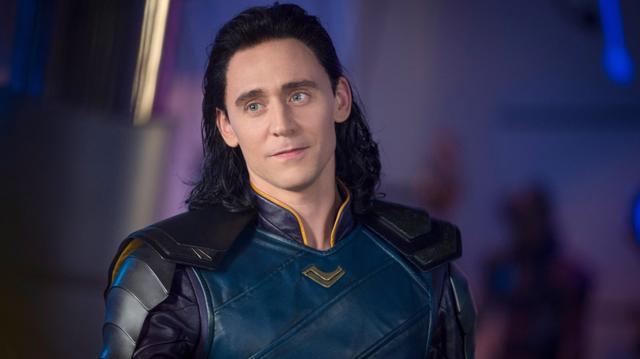 画像: トム演じるロキ。