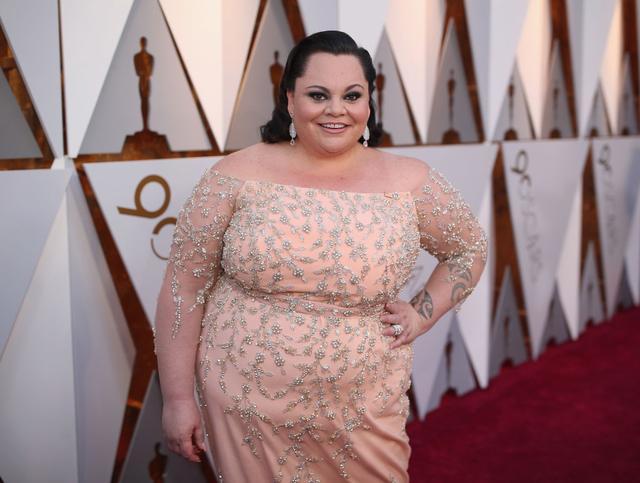 画像: アカデミー賞のレッドカーペットに登場したキアラ。