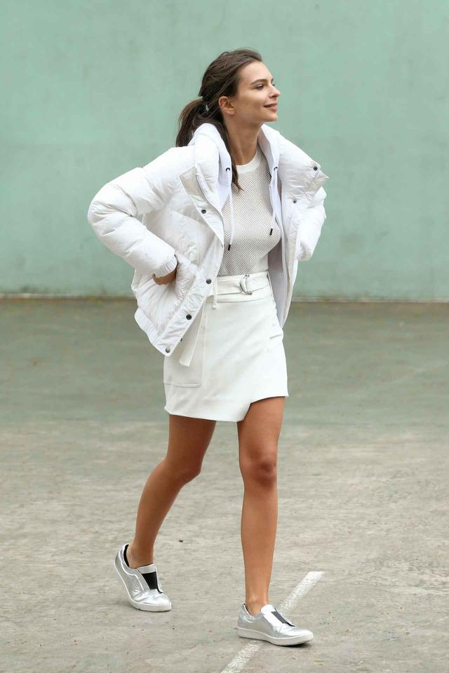画像: 人気モデルのエミリー・ラタコウスキー