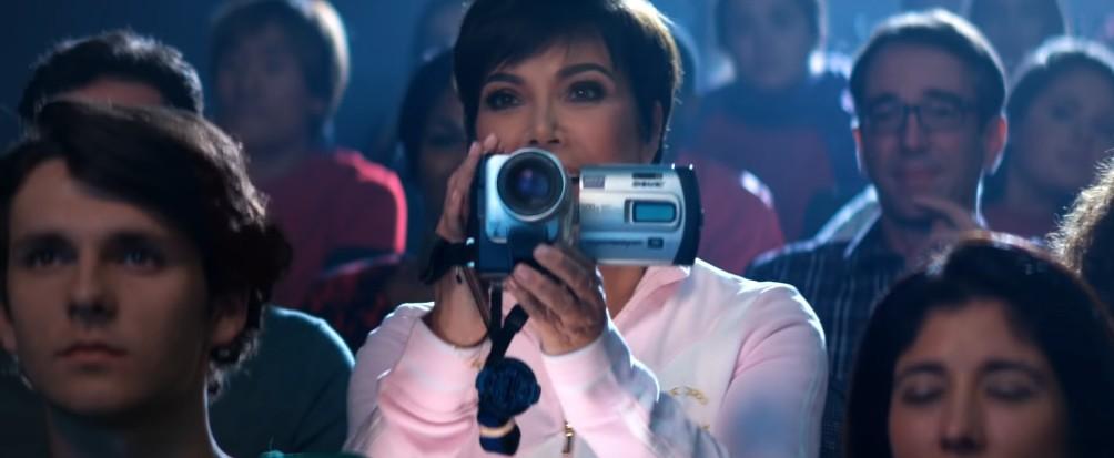 画像1: アリアナ・グランデのMVに登場した「あの人」、私生活でも同じことをやっていた