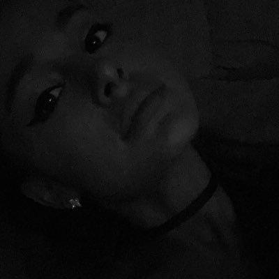 画像: Ariana Grande on Twitter twitter.com