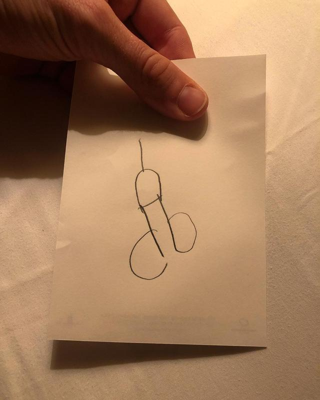 "画像1: Armie Hammer on Instagram: ""Harper woke up at 5:00am this morning and said she wanted to draw the Eiffel Tower.... #nailedit"" www.instagram.com"