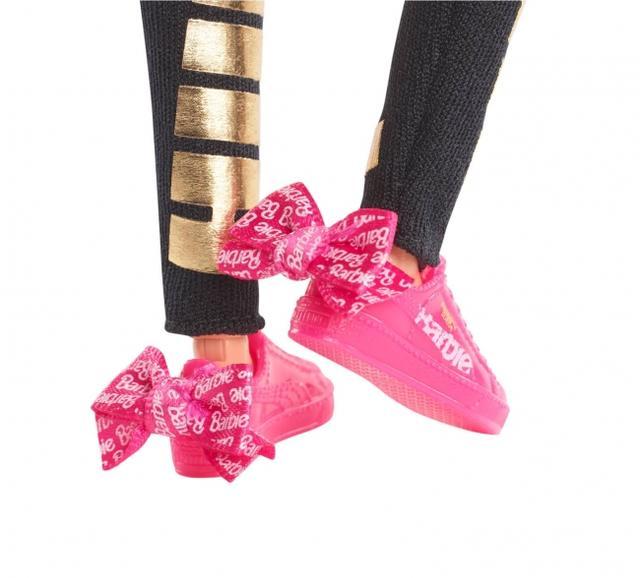 画像2: プーマを着たバービー、日本で300体限定で発売!