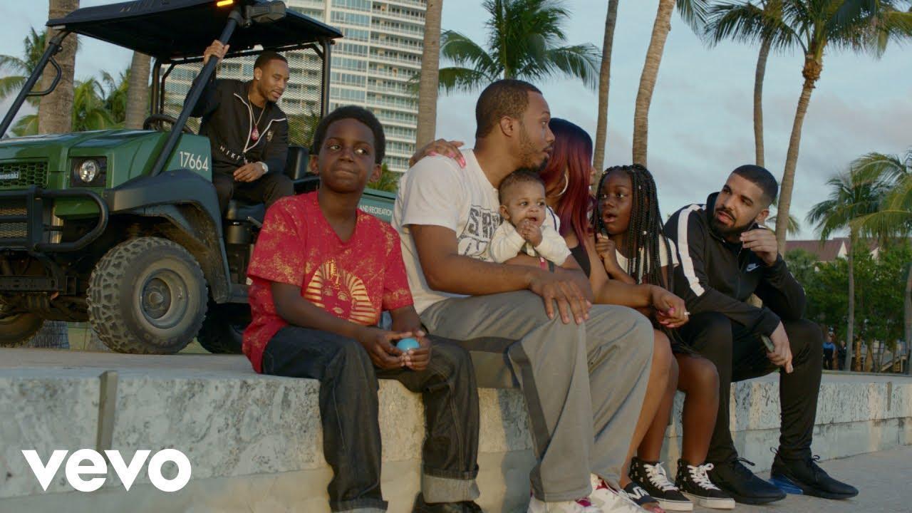 画像: Drake - God's Plan www.youtube.com