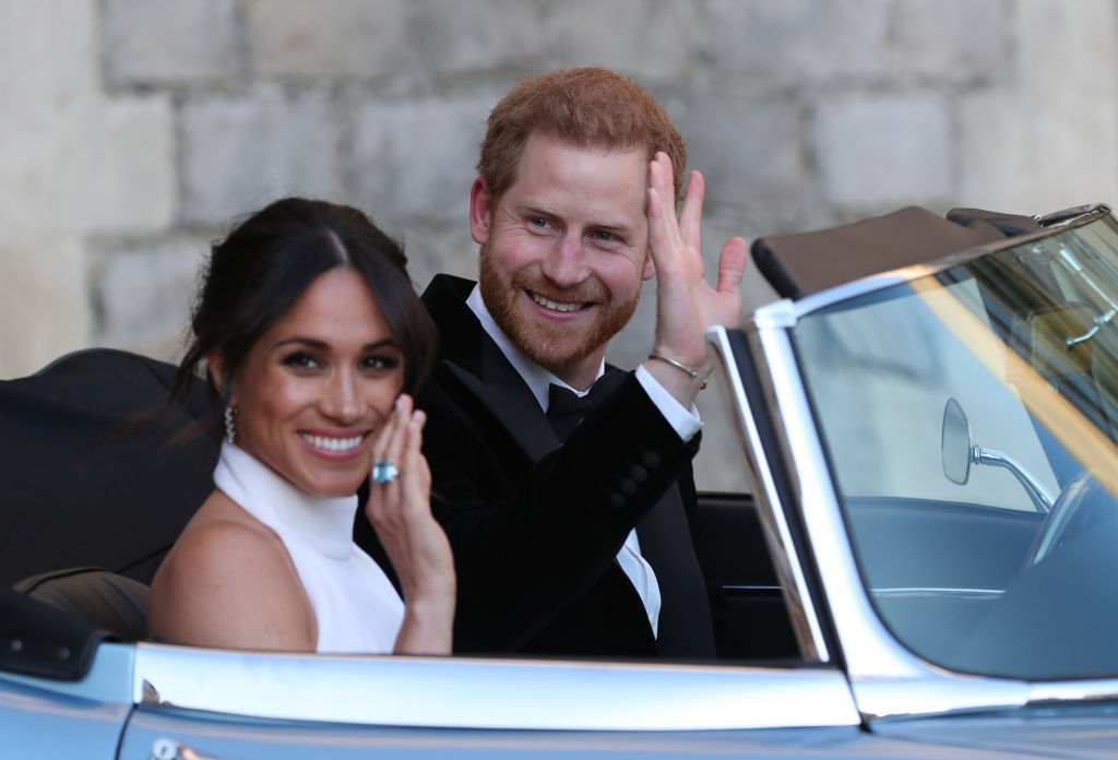 画像: ウェディング・レセプション当日のヘンリー王子&メーガン妃。