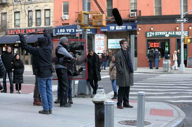 画像21: セレブたちが路上で撮影するってどんな感じ?セレブの撮影風景25選