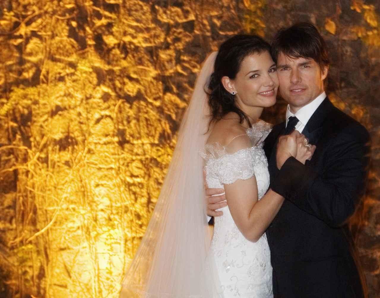 画像: ベッカム夫妻らセレブが多数出席したトム・クルーズの結婚式のアフターパーティーでDJした。