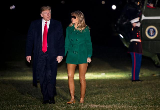 画像: メラニア夫人の「パンツ履き忘れ」ルックに全米が凍りつく