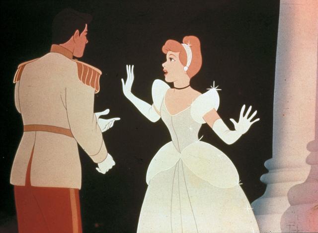 画像: ディズニーアニメ『シンデレラ』のワンシーン。
