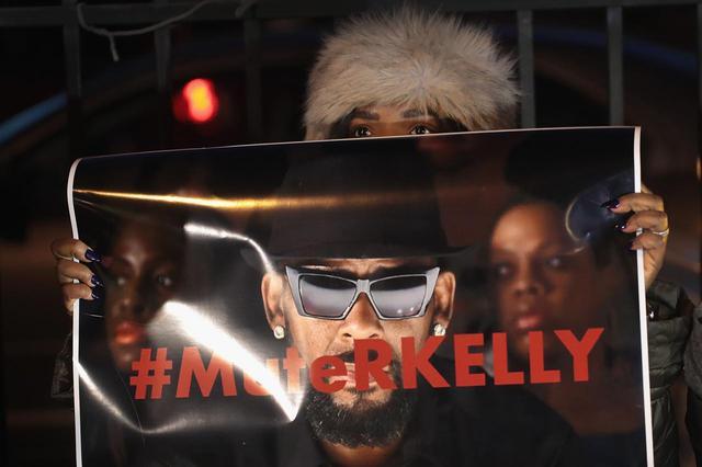 画像5: R.ケリーの騒動で音楽業界からの圧力強まる