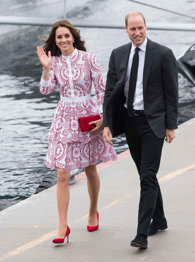 画像1: 王室メンバーならではの理由が