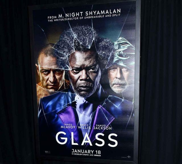 画像: 『ミスター・ガラス』が、初日3日で予想外の興行成績を記録し大発進!