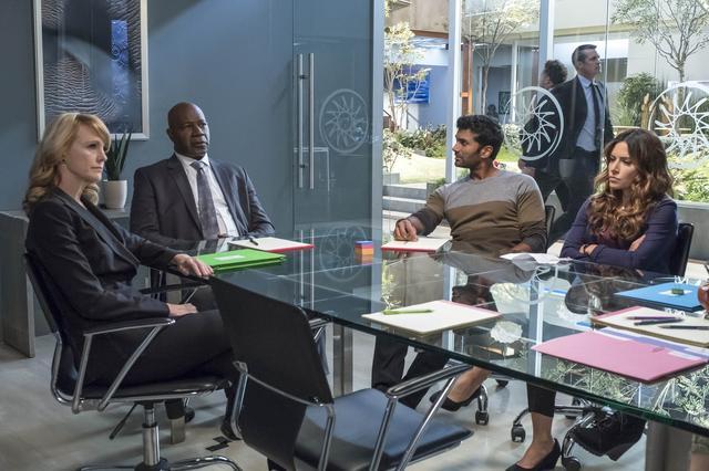 画像14: 「1話完結の海外ドラマ」に注目の新作が続々と登場!『GONE/ゴーン』『レヴェリー 仮想世界の交渉人』