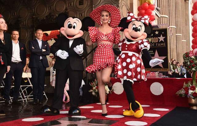 画像: 2018年 ミニー・マウスが殿堂入り