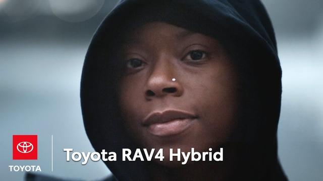 画像: Toni | RAV4 Hybrid | Toyota youtu.be