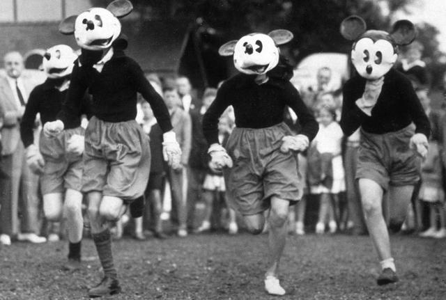 画像1: 謎に包まれた「ミッキーマウス・レース」