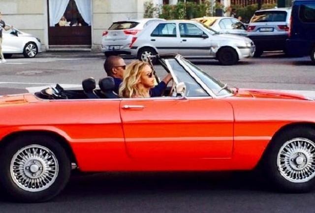 画像: ジェイ・Z&ビヨンセご自慢の名車アルファロメオ スパイダー! - フロントロウ