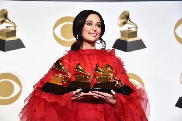 画像: ケイシー・マスグレイヴスは、ノミネートされていた計4部門すべてで受賞を果たした。