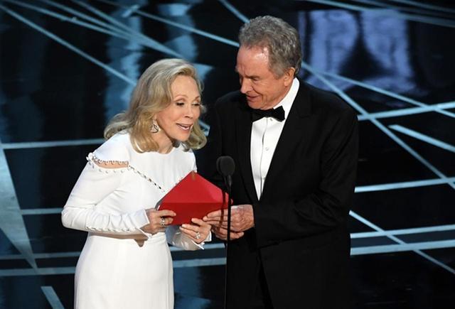 画像1: アカデミー賞の公式ショップがオープン! 映画ファンにはたまらないグッズがずらり