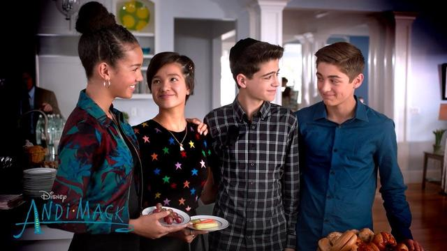 画像: Cyrus' Truth | Andi Mack | Disney Channel www.youtube.com