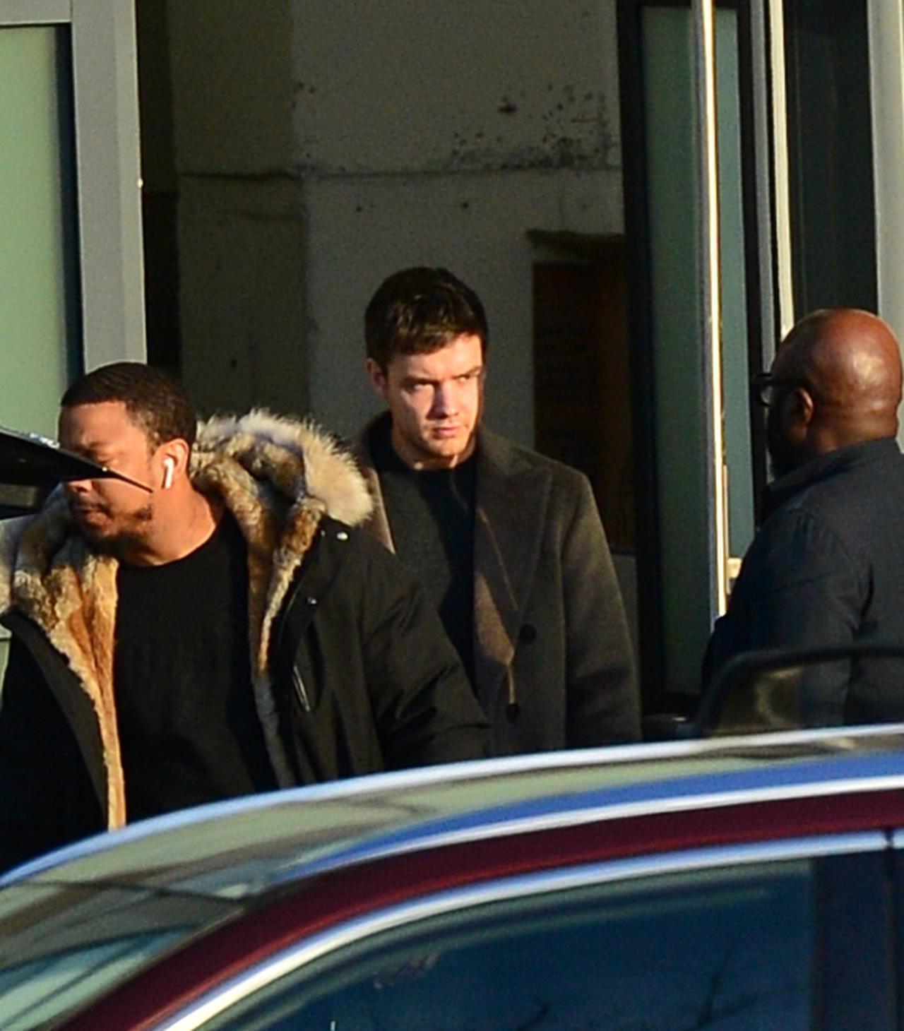画像1: リアム・ペイン、ナオミ・キャンベル宅から朝帰りする姿を激写