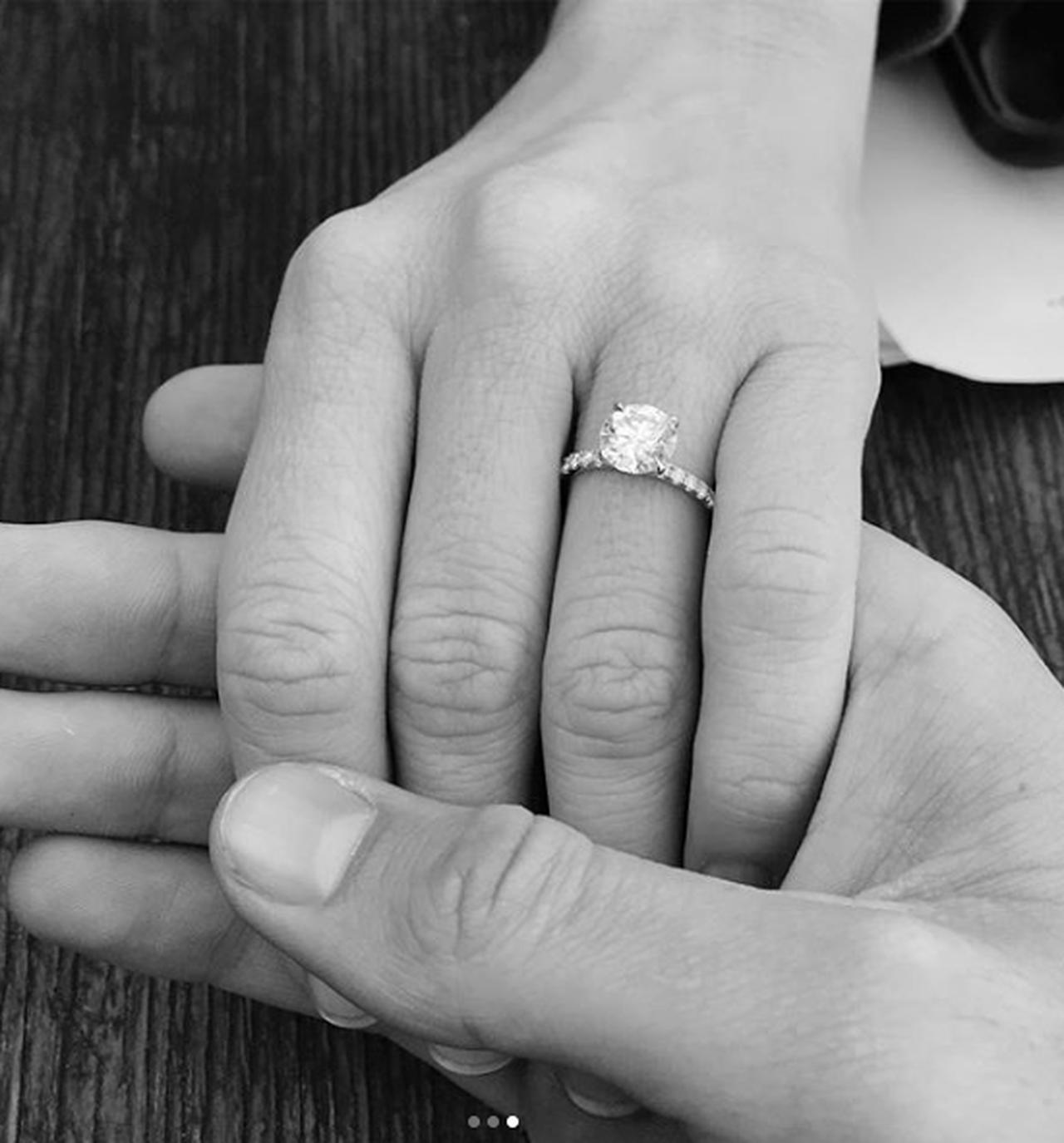 画像: 『ヘアスプレー』のブリタニー・スノウが婚約!エンゲージメントリングはどんなもの?
