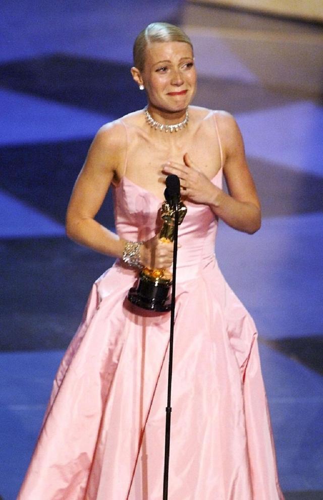 画像: 1998年、映画『恋に落ちたシェイクスピア』で主演女優賞を受賞したグウィネス・パルトロー。