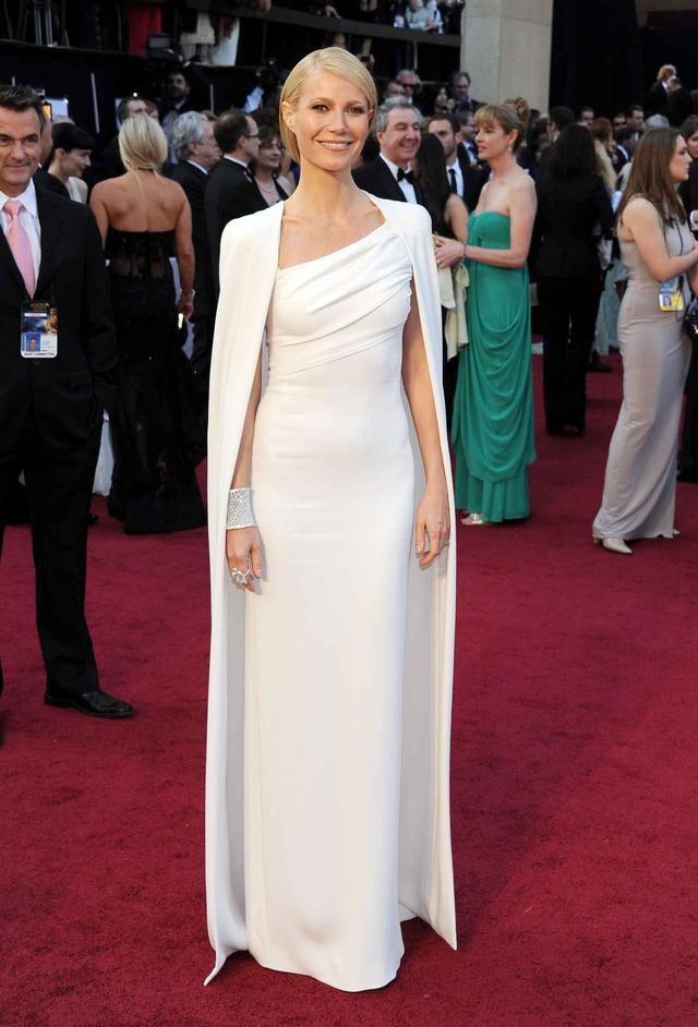 画像10: アカデミー賞授賞式で最もアイコニックだったドレス10選