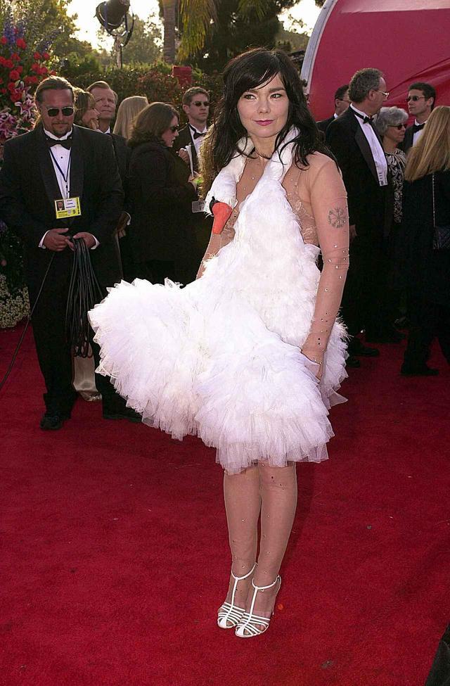 画像3: アカデミー賞授賞式で最もアイコニックだったドレス10選