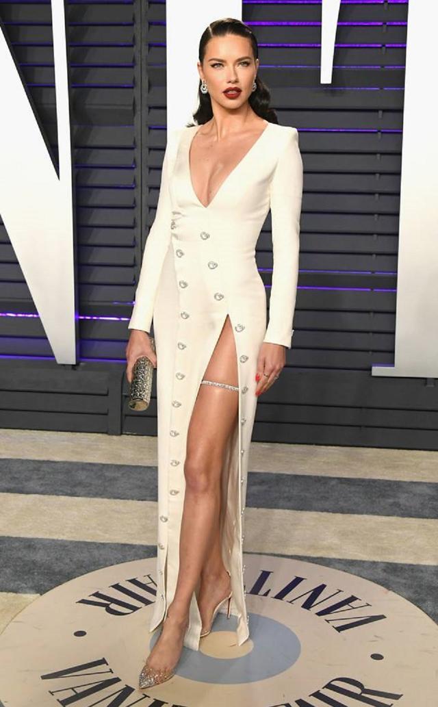 画像5: アカデミー賞、アフターパーティのドレスも豪華絢爛!あの人気セレブは何を着た?