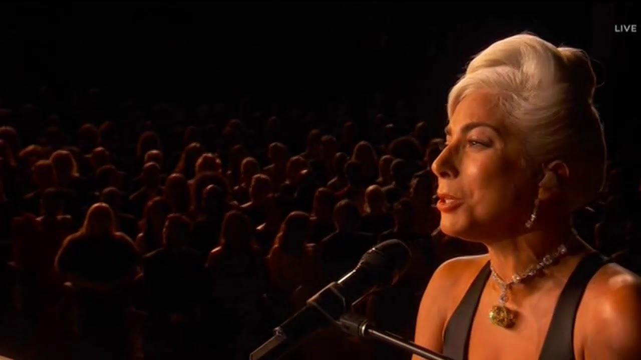 画像: Lady Gaga & Bradley Cooper sings Shallow Oscars 2019 Performance www.youtube.com