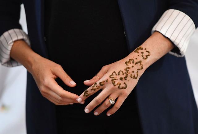 画像3: 妊娠7ヶ月のメーガン妃が、モロッコでタトゥーをゲット!?