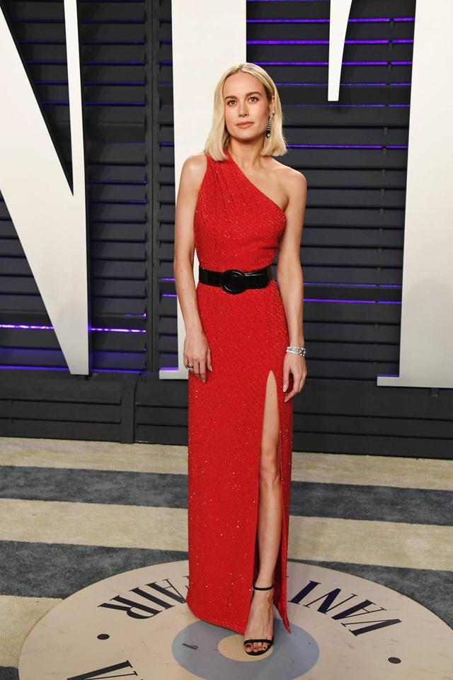 画像7: アカデミー賞、アフターパーティのドレスも豪華絢爛!あの人気セレブは何を着た?