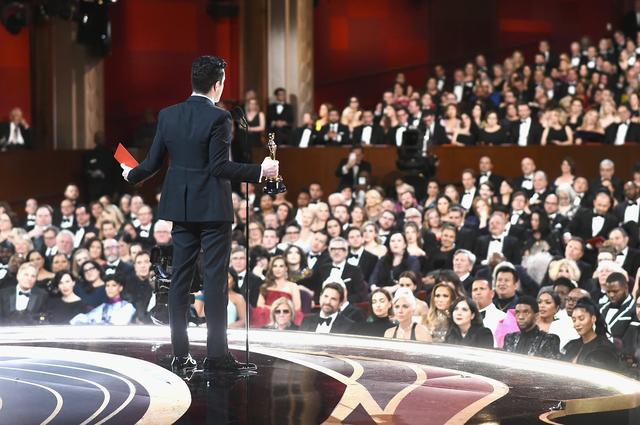 画像: 受賞スピーチ中に見える景色