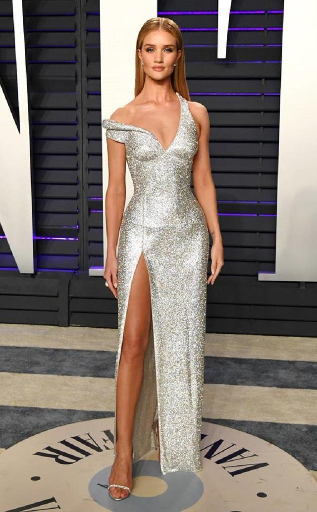 画像4: アカデミー賞、アフターパーティのドレスも豪華絢爛!あの人気セレブは何を着た?