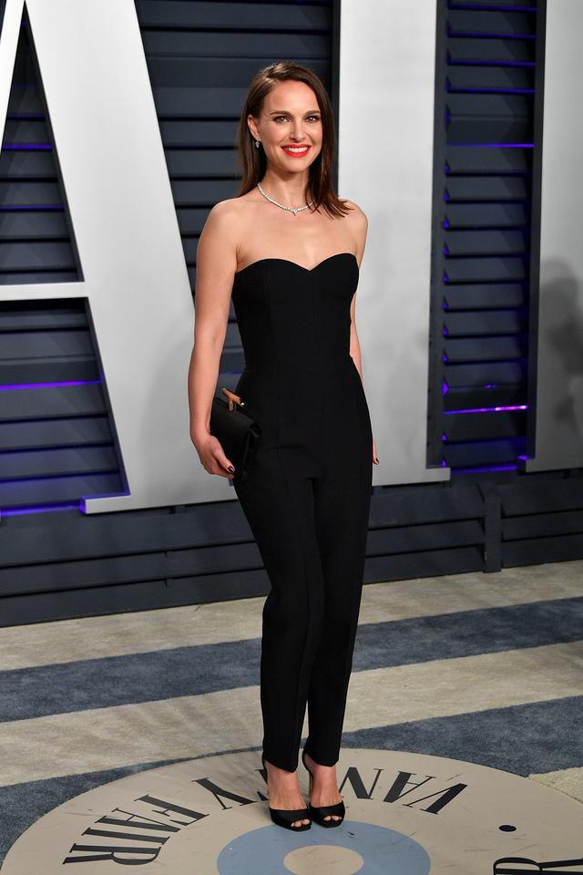 画像27: アカデミー賞、アフターパーティのドレスも豪華絢爛!あの人気セレブは何を着た?