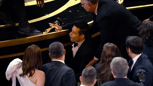 画像2: ラミ・マレック、アカデミー賞ステージから落下していた!救護班も出動