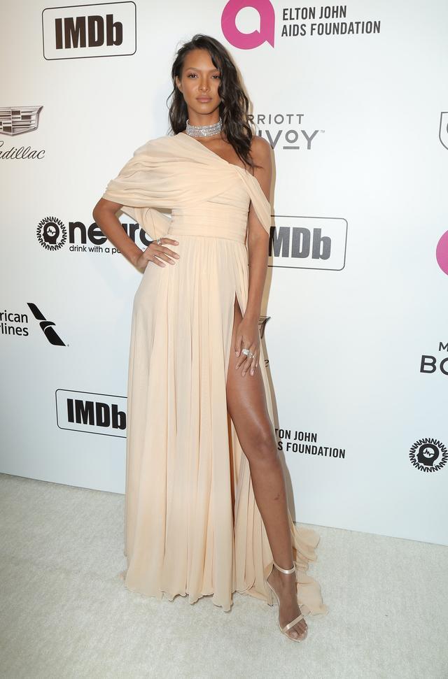 画像25: アカデミー賞、アフターパーティのドレスも豪華絢爛!あの人気セレブは何を着た?