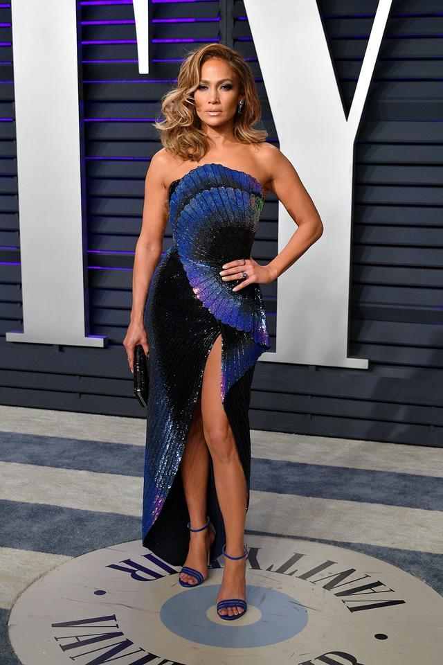 画像28: アカデミー賞、アフターパーティのドレスも豪華絢爛!あの人気セレブは何を着た?
