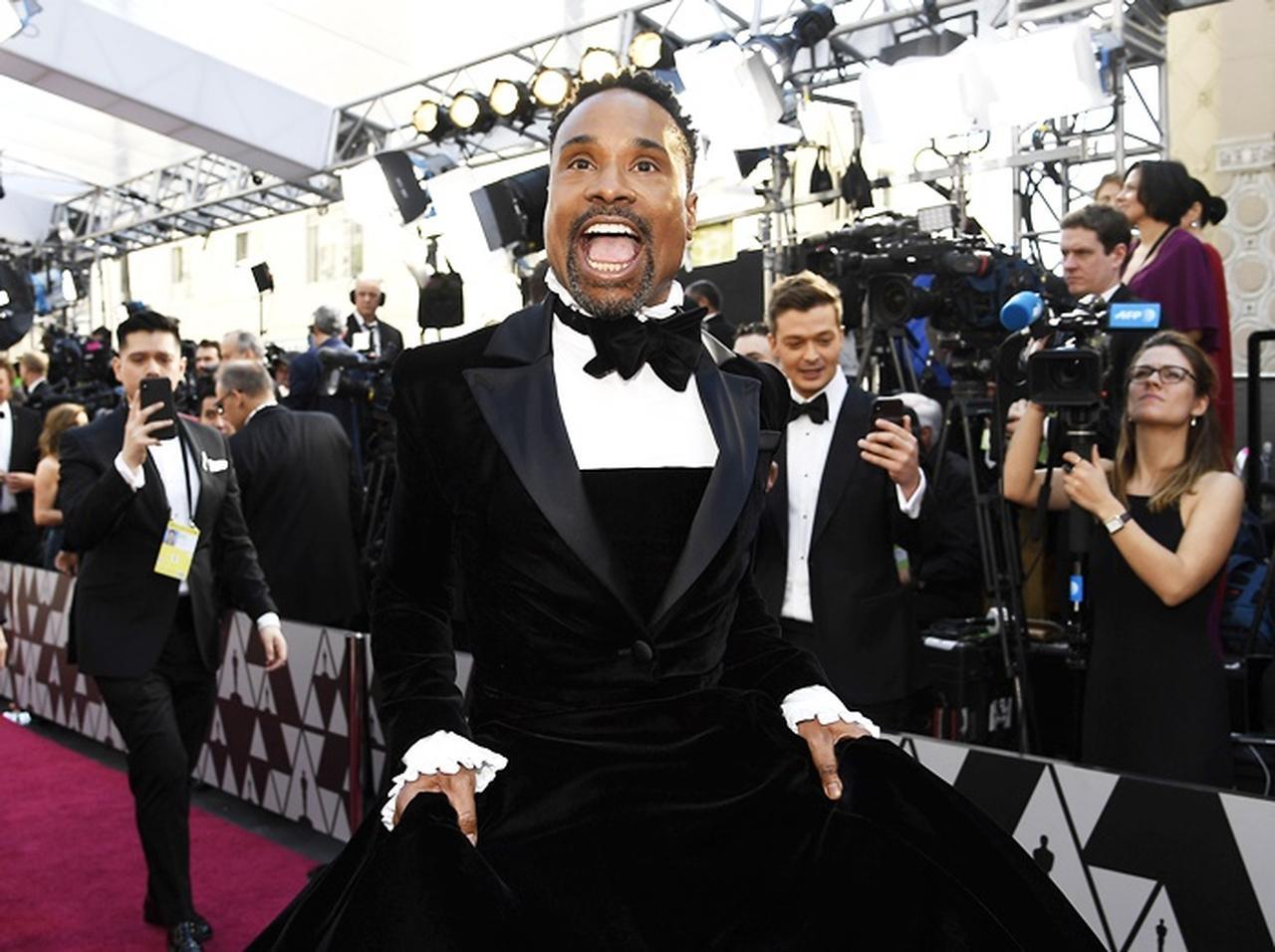 4e4b0ff489af アカデミー賞2019、ビリー・ポーターの「タキシード・ドレス」が大絶賛 ...