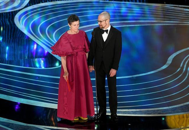 画像1: オスカー女優、ビルケンシュトックを履いてアカデミー賞のステージへ