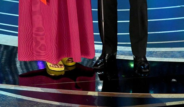画像2: オスカー女優、ビルケンシュトックを履いてアカデミー賞のステージへ