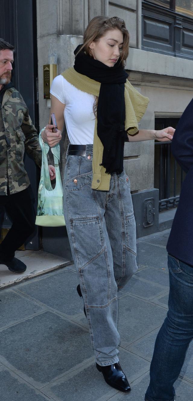 画像3: ジジ・ハディッド、パリ・ファッションウィークで1日3変化【写真】