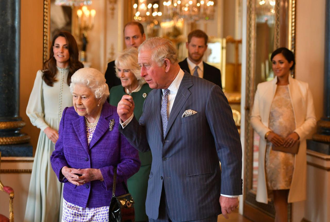 画像: 英国王室がSNSの新ルールを発表