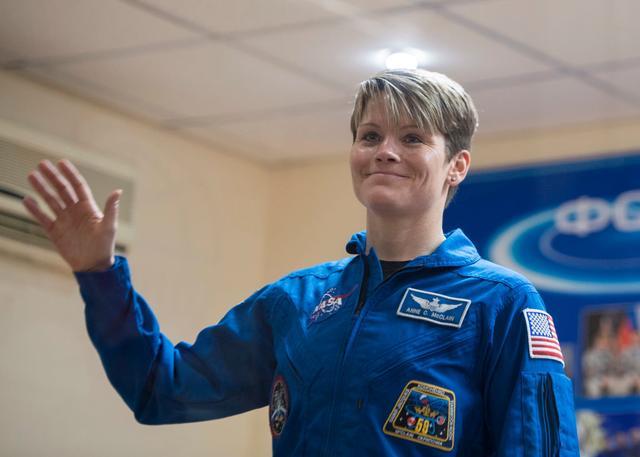 画像: アン・マクレイン宇宙飛行士。