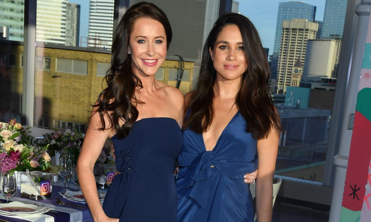 画像: 女優時代のメーガン妃(右)と親友でスタイリストのジェシカ・マロニー。