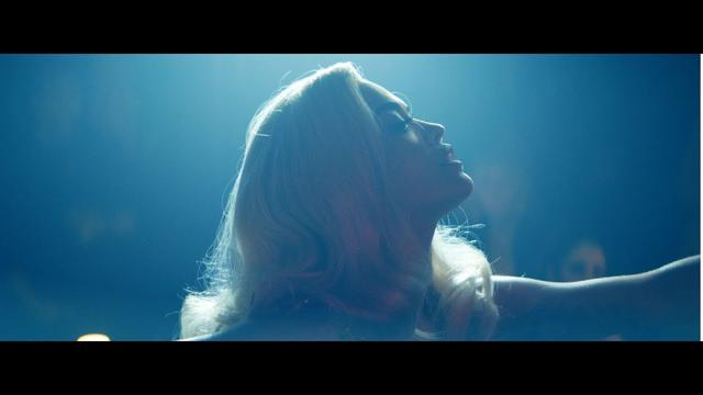画像: Rita Ora - Only Want You (feat. 6LACK) [Official Video] www.youtube.com